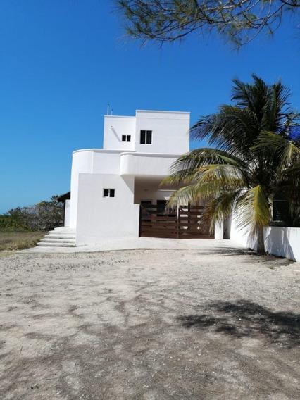 Casa Frente Al Mar San Benito Km. 19 Muy Completa Y Con Departamento