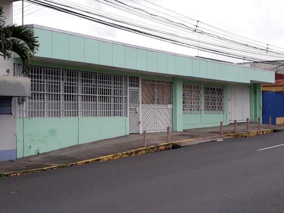 Se Alquila Local Comercial En Tibas Centro