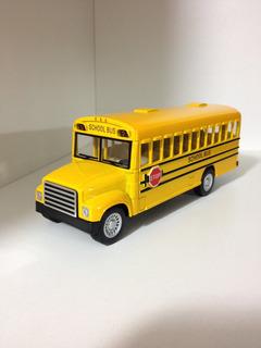 Miniatura Onibus Escolar Americano
