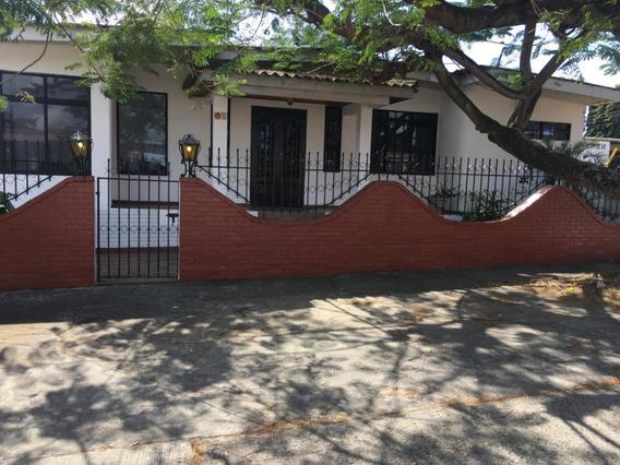 Casa En Alquiler En Rio Abajo 20-4034 Emb