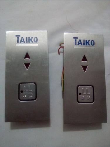 Pack De Dos Botoneras Con Conector Para Ascensores