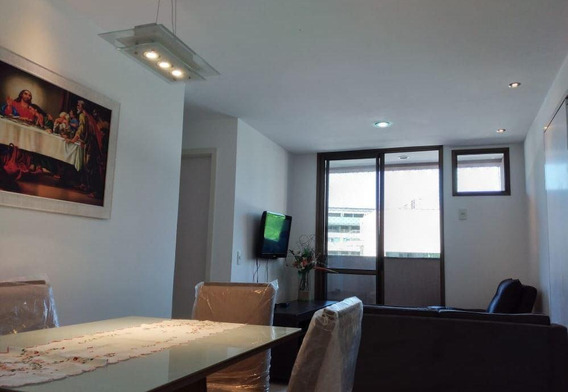 Lindo Apartamento No Condomínio Enseada Park, Mobiliado, Varanda, Sala, 2 Quartos, Suíte, Banho, Cozinha, Área E 1 Vaga E Play Clube. - Ap5654