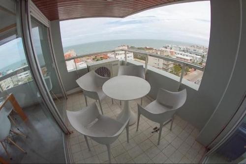 Apartamento En Alquiler Por Temporada De 2 Dormitorios En Península