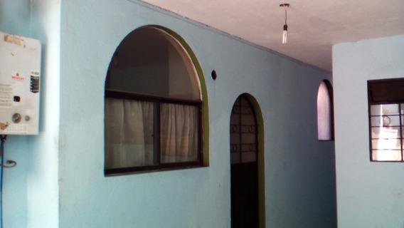 Suite De Arriendo Calle Rither N-1990 Y Ave Universitaria.
