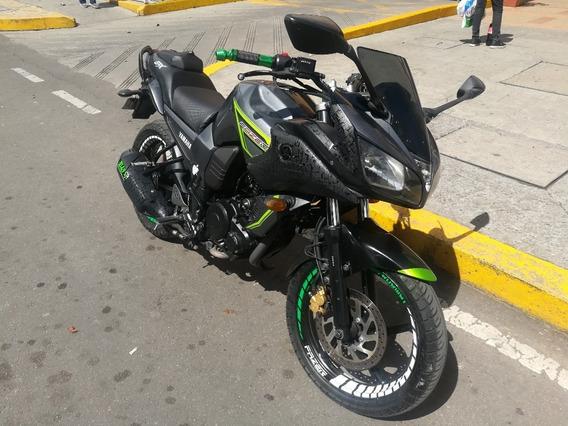 Moto Yamaha Fazer 2014