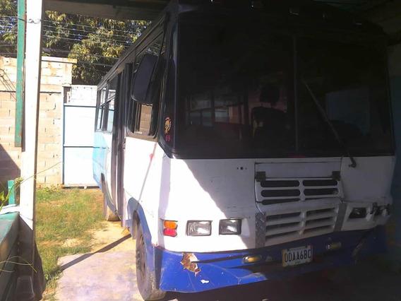 Autobús Modelo Titan