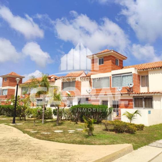 Casa En Tucacas, Res. Pescadores I. Glc-376