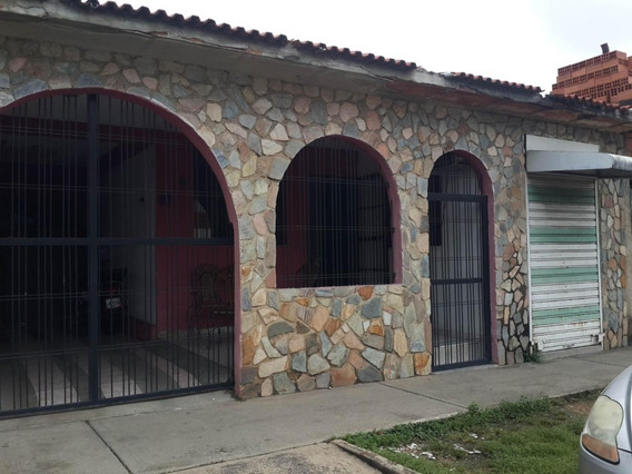Casa En Venta En Bella Florida Valencia Cod 20-4790 Akm