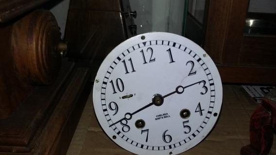 Maquina De Relógio De Navio