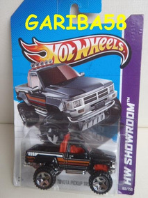 R$18 No Lote Hot Wheels 87 Toyota Pickup Truck 2013 Gariba58