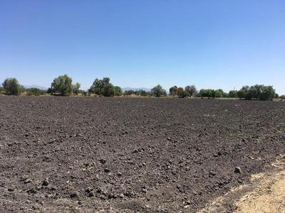 Venta De Terreno Comercial, Zona De Crecimiento Poblacional Y Comercial.
