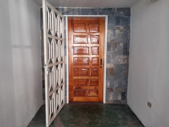 Excelente Oportunidad De Invertir En Casa + Local Jaaf 19631