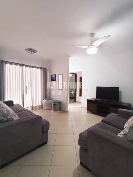 Apartamento 2 Dormitórios - 100 Metros Da Praia - V677