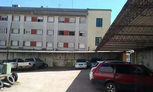Venta De Edificio En Ciudad Vieja Y Parking