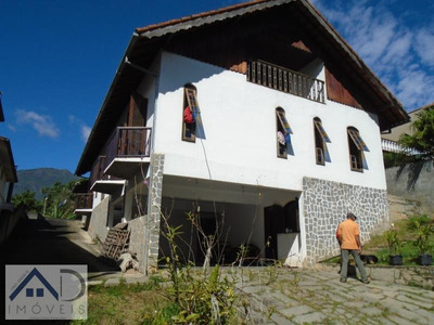 Casa Para Venda Em Nova Friburgo, Cônego, 2 Dormitórios, 2 Suítes, 4 Banheiros, 4 Vagas - 009