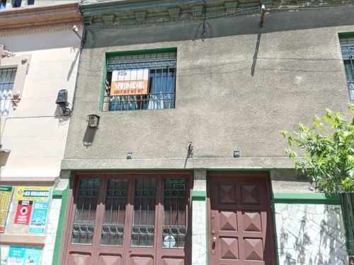 Venta   Casa En Calle Galicia - Cordón