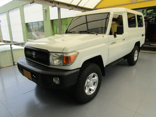 Toyota Land Cruiser 78 Mt 4000cc