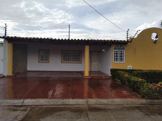 Casa En Alquiler Los Girasoles - Zona Industrial