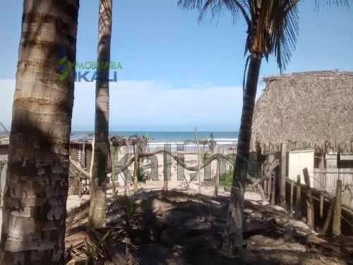 Venta Terreno Frente Al Mar 1821 M² Playa Tuxpan Veracruz. Lote Con Un Área De 1,821 M² Se Ubica A Un Kilómetro Del Faro De La Barra Norte Del Municipio De Tuxpan Veracruz. En La Zona Restaurantera Y