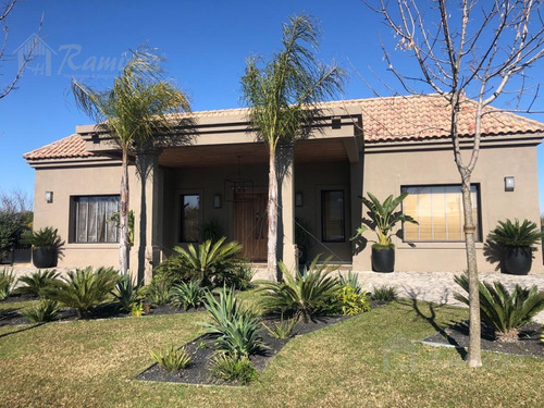 Casa 6 Amb. En Venta A La Laguna, Domotica- Terravista, Gral. Rodriguez