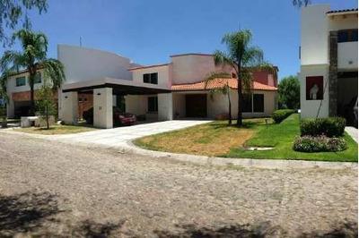 Casa En Condominio En Renta, Corregidora, Querétaro