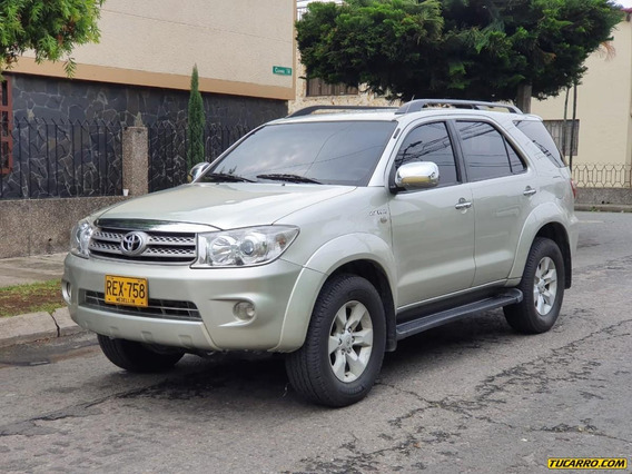 Toyota Fortuner Urbana At 2.7 4x4