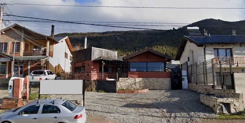 Local  En Venta Ubicado En Melipal I, Bariloche, Patagonia