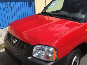 Nissan Np300 Estaquitas