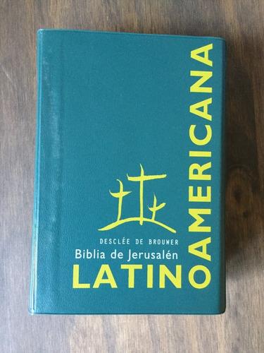 Libro Biblia De Jesús Latinoamericana (funda Plástica Verde)