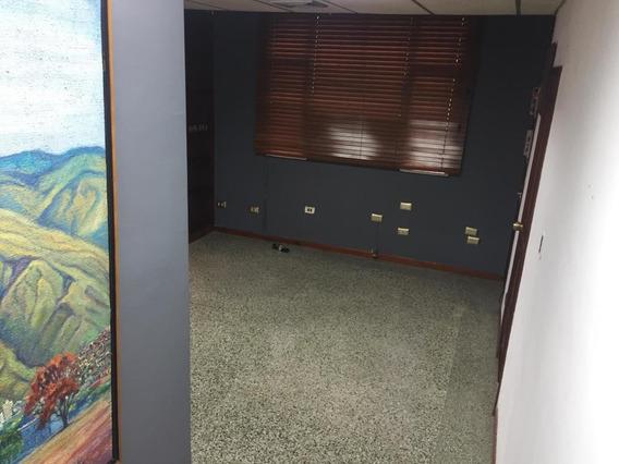 Oficina En Venta Chacaito/ Código 20-9928/ Marilus G.