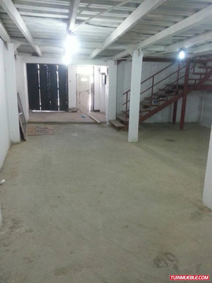 Se Vende Local De 500 M2 En La Guaira