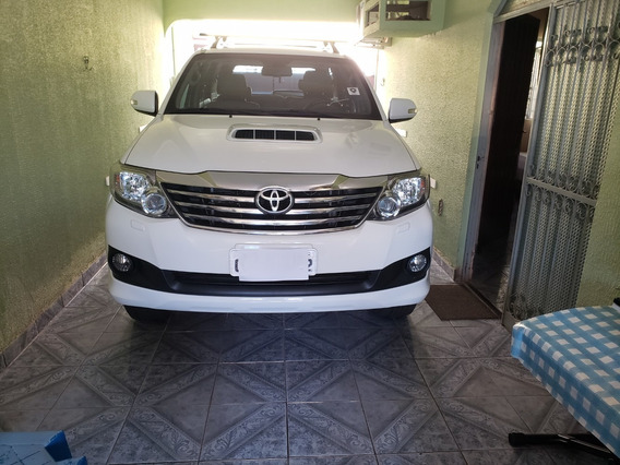 Toyota Hilux Sw4 5 Lugares R$ 130.000,00