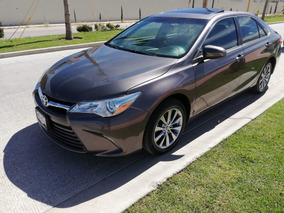 Toyota Camry 2.5 Xle L4 At 2015