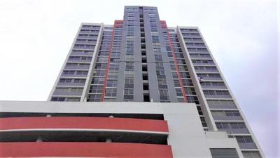 Apto En Ph Vista Marina Towers, Pueblo Nuevo #18-3137**gg**