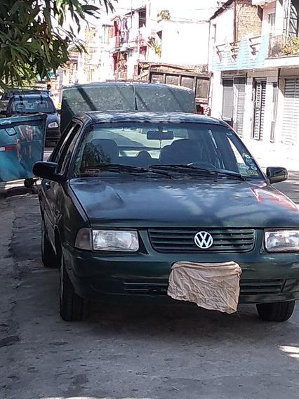 Volkwagen Santana 2000 4 Portas 2.0