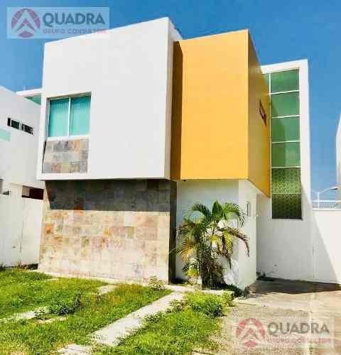 Casa En Venta En Fraccionamiento Banus Riviera Veracruzana Alvarado Boca Del Rio Veracruz.