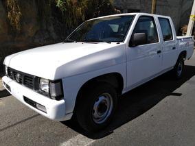 Nissan Doble Cabina