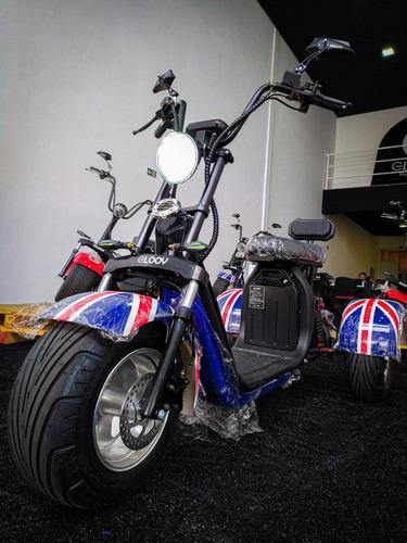 Imagem 1 de 10 de Scooter Eletrica Triciclo 2500 Gloov