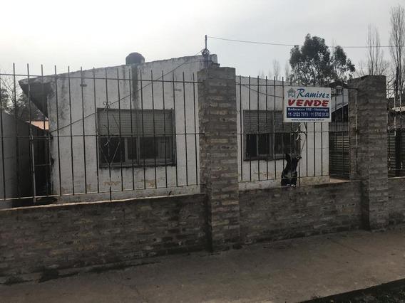 Casa 4 Amb. En Venta - Marcos Paz