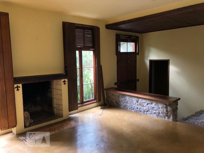 Casa Mobiliada Com 3 Dormitórios E 2 Garagens - Id: 892925591 - 225591