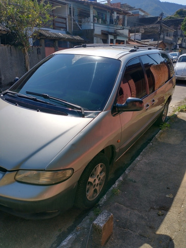 Imagem 1 de 11 de Chrysler Grand Caravan Versão Le