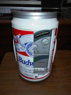 Radio/casete/auxiliar En Forma De Lata Grande Budweiser