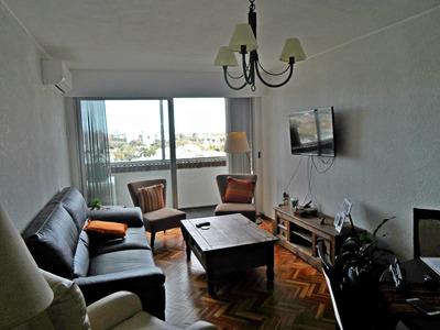 Apartamento Sobre Av. Dr. Luis A. De Herrera