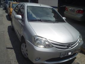 Toyota Etios 2013 Sedán Xs 1.5 107.000km