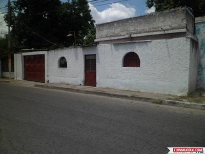 Casa Samán De Guere