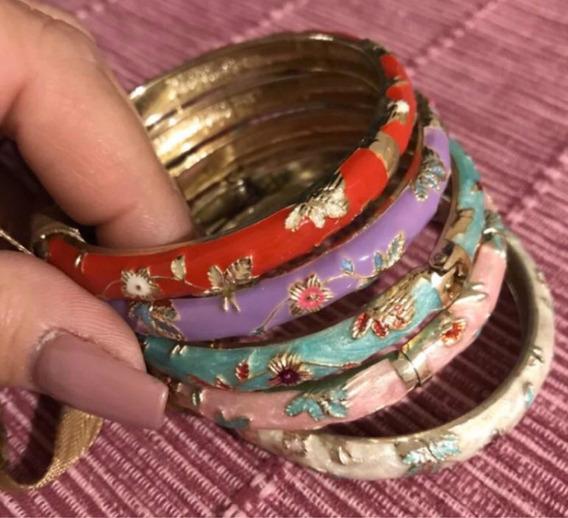 Retro Hermosas Pulseras Grabadas De Colores Muy Old Fashion!