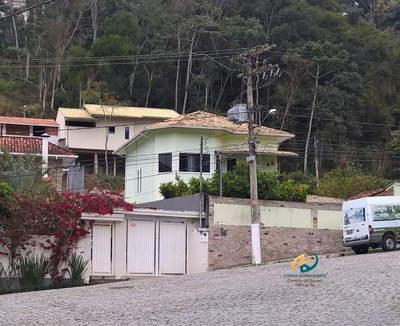 Casa A Venda No Bairro Santa Elisa Em Nova Friburgo - Rj. - Cv-133-1
