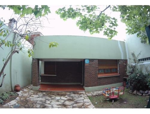 Imagen 1 de 14 de Casa Con Excelente Lote Y Ubicacion , Pileta Y Quincho