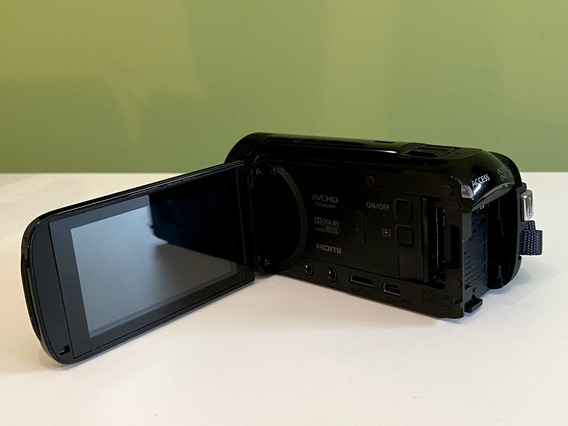 Filmadora Canon Vixia Hf R700
