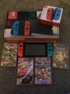 Nintendo Switch Con 4 Juegos Y Estuche